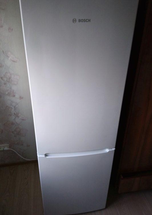 Bosch KGV36NW1AR Refrigerator, image 1