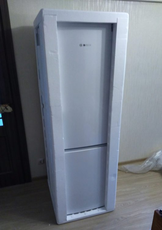 Bosch KGV36NW1AR Refrigerator, image 3