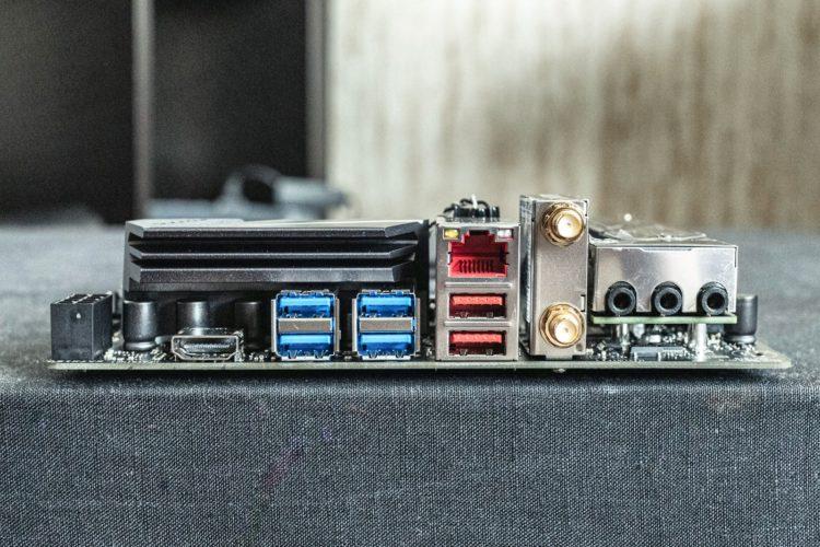 AM4 Asus ROG Strix B450-I Gaming Motherboard, image 8