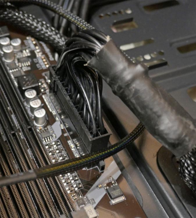 Motherboard GIGABYTE X570 UD image 21