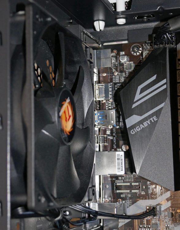 Motherboard GIGABYTE X570 UD image 27