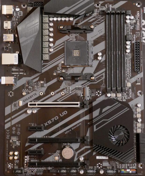 Motherboard GIGABYTE X570 UD image 3