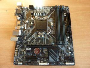Gigabyte B365M-DS3H