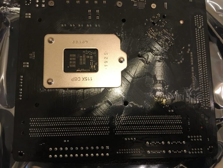 ASRock B365M-ITX/ac image 8